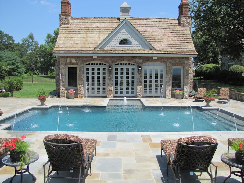 Chevy Chase, MD: Land of Luxury Pools